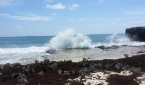 Big Crashing Waves Pic
